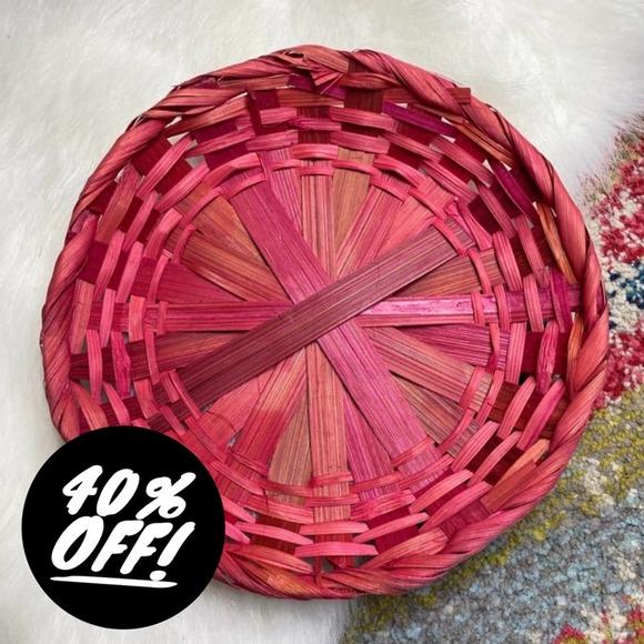 """Vintage Flat 9"""" Pink Wicker Basket Tray Wall"""